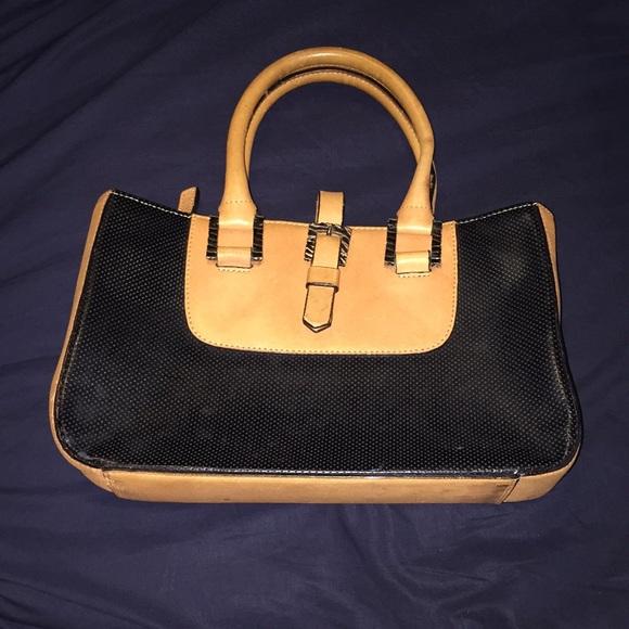 Adrienne Vittadini Handbags - Black & Tan Adrienne Vittadini purse/handbag
